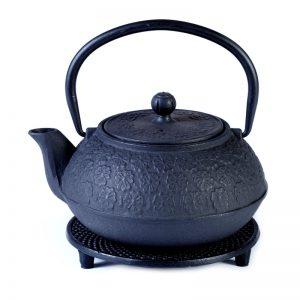 Cast iron pot black on stand 800ml